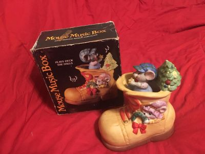 Porcelain Mouse in Boot Music Box Plays Deck the Halls Christmas