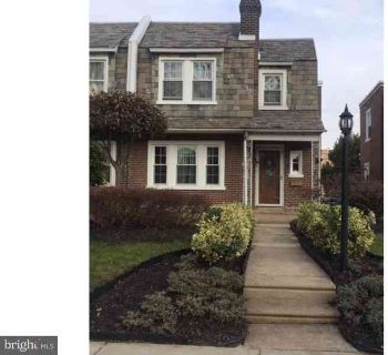 3231 Brighton St Philadelphia Three BR, Beautiful large twin