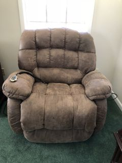 Large electric lift chair
