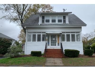 3 Bed 1 Bath Preforeclosure Property in Lowell, MA 01852 - Harland Ave
