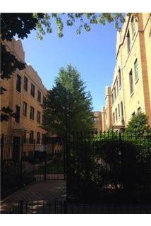 luxurious One bedroom unit with Exposed brick and In Unit Washer/Dryer