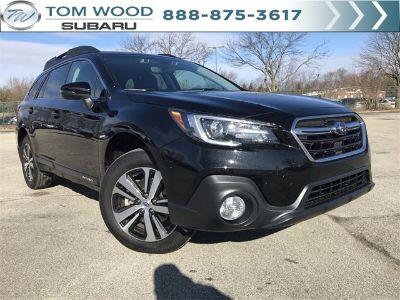 2019 Subaru Outback 2.5i (Black / Silver)