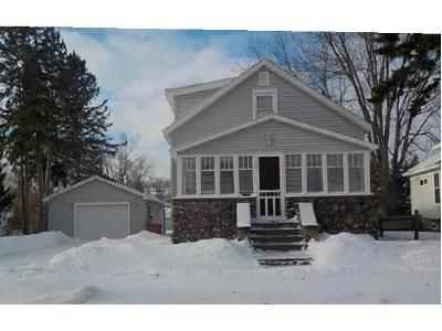 4 Bed 2 Bath Foreclosure Property in Alpena, MI 49707 - W Crapo St
