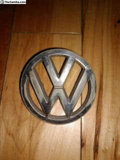 VW Emblem Badge 357 853 601b