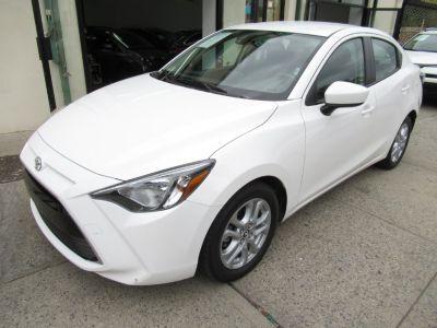 2017 Toyota Yaris iA Auto (Natl) (White)
