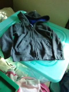 Garanimals size 2T color dark gray with hood and pockets in good shape