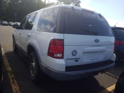 2002 Ford Explorer XLT (Oxford White)