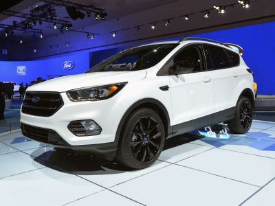 2018 Ford Escape SE (White Platinum)