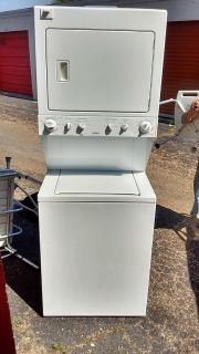 $250, like new Kenmore washer and dryer combo