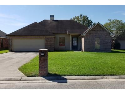 Preforeclosure Property in Broussard, LA 70518 - Waterberry Dr