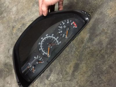 Sell MERCEDES BENZ W208 CLK320 CLK430 INSTRUMENT CLUSTER152K MILES #2085403111 motorcycle in Safety Harbor, Florida, United States, for US $99.99