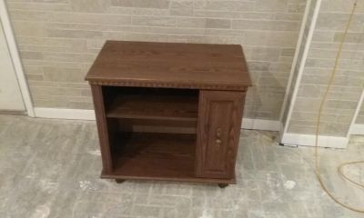 Wood Rolling Tv stand
