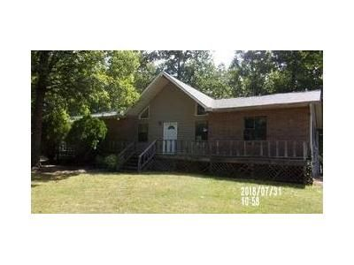 3 Bed 2 Bath Foreclosure Property in Melbourne, AR 72556 - Patriot Drive