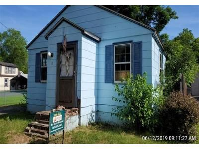 3 Bed 1 Bath Foreclosure Property in Wallkill, NY 12589 - Crittenden St