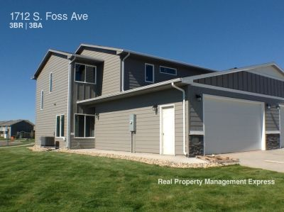 Incredible 2 Story Townhome in Eastern Sioux Falls