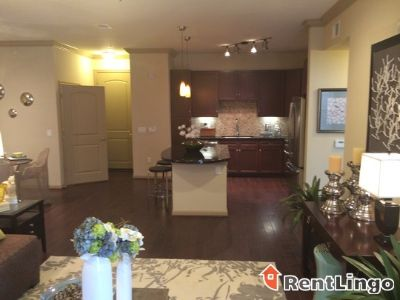 $1,245, 1br, Available 12/17/2017 Fabulous 1 bd/1.0 ba Apartment