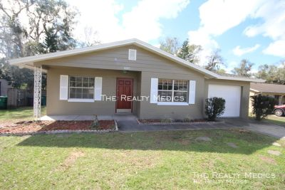 4 bedroom in DeLand