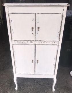 Antique victrola cabinet painted with Amy Howard paint