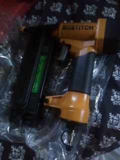 Brand new never been used Bostitch air compressor nail gun/stapler