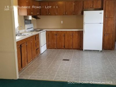 Single-family home Rental - 1515 Busbee Road