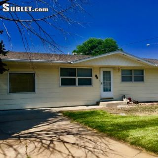 $1100 2 single-family home in Lincoln (North Platte)