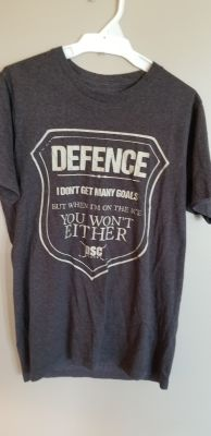 Mens S DSC hockey shirt.