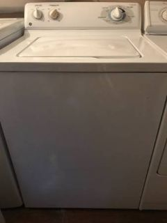 Don't miss this like new GE washer, like new!
