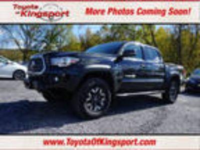 2018 Toyota Tacoma Black, new