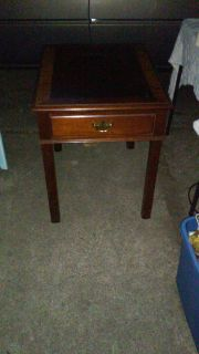 Mohagany side table