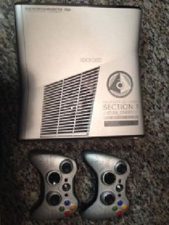 250 Gb Xbox 360 with 34 games and 2 controllers