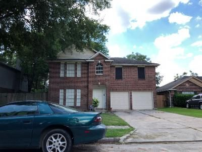 4 Bed 2.5 Bath Preforeclosure Property in Humble, TX 77346 - Singing Woods Dr