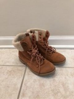 girl s boots like new sz 2