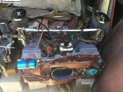 914 2L Running engine based on 1.7 case w/ Webers