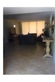3 bedrooms Condo - Beautiful garden apartment for rent.