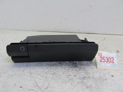 Buy 96-99 00 MERCEDES C280 RIGHT PASSENGER FRONT DASH GLOVE BOX STORAGE COMPARTMENT motorcycle in Sugar Land, Texas, US, for US $61.59