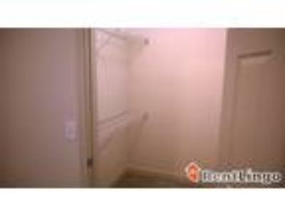 One BR 1806 3rd Ave S