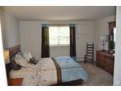 Willow Pointe - One BR