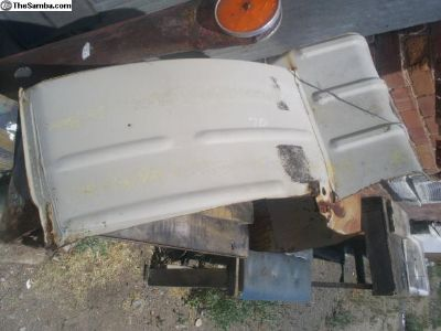1968-72 right rear wheel well section