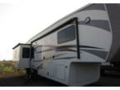 2015 Forest River Cedar-Creek-Hathaway 5th Wheel in Windsor, CO