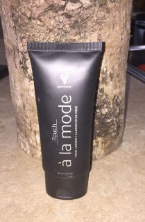 Younique Touch la mode cream luminizer that has been used very little. Porch pick up or meet in White House by White House middle school.