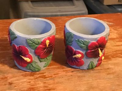 2 Flowered Candle Holder