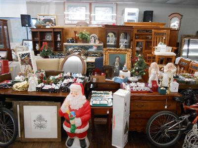 Estate Auction - Christmas In October!!! - Seasonal Decor, Furniture & More!