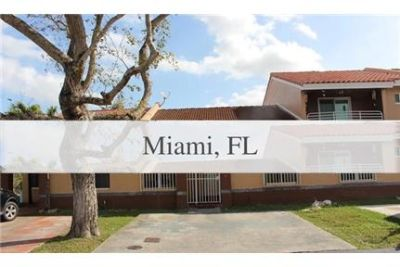 Beautiful 2 Bedroom 2 Baths 1 story town home. Washer/Dryer Hookups!
