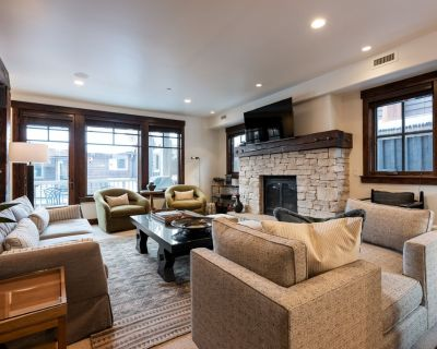 Stylish ski condo, Silver Star #201, great for couples with private hot tub - Downtown Park City