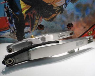 2003 Honda Cr 125 Swing Arm Suspension (c) 03 Cr125