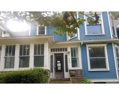 5 Bed 2 Bath Foreclosure Property in Grafton, WV 26354 - Yates Ave