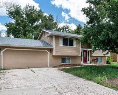 5325 Villa Cir, Colorado Springs, CO 80918 4 Bedroom Apartment