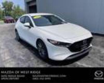 2019 Mazda MAZDA 3 White, 20K miles