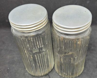 Vintage tage Hoosier cupboard jars, I deliver to Sarnia, Brights Grove and Petrolia on Tuesdays
