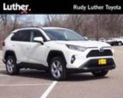 2021 Toyota RAV4 White